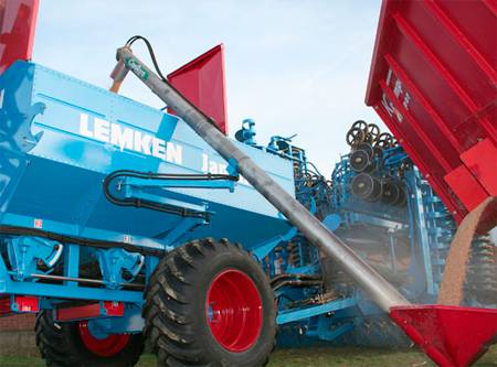 Self-filling Augers